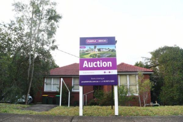 How Does Purplebricks Work >> Eyes On Flat Fee Real Estate Agency Purple Bricks As It