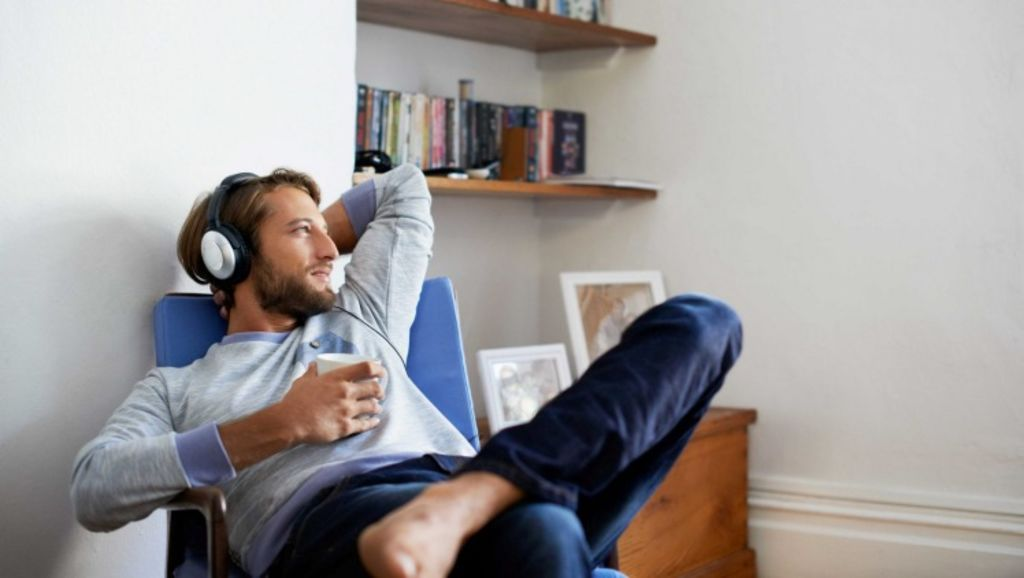 Your parents are less likely to commit horrible housemate crimes, and more likely to make you tea and bring you snacks. Photo: Getty