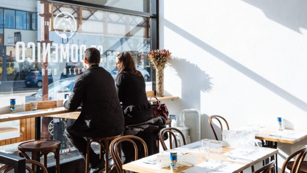 Cafe culture is on the up in Bridge Road, Richmond. Patrons kick back at Saint Domenico Pizza Bar. Photo: Kristoffer Paulsen