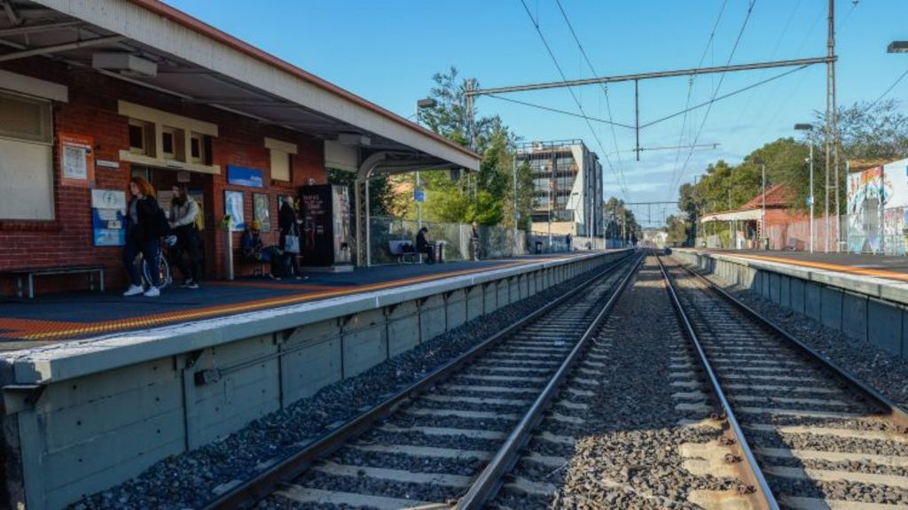Rental yield drops about 0.2 per cent when a property falls out of a 500 metres radius from a train stop. Photo: Justin McManus