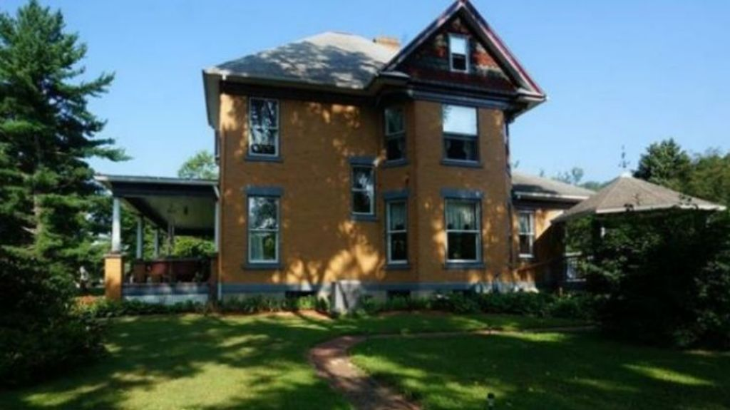 Silence of the Lambs House Up for Sale, But Nobodys