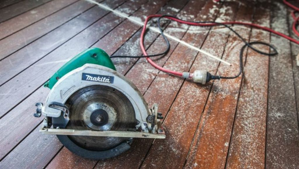 About 1400 Victorians are admitted to hospital every year for power tool related injuries, with most occurring at home. Photo: N/A