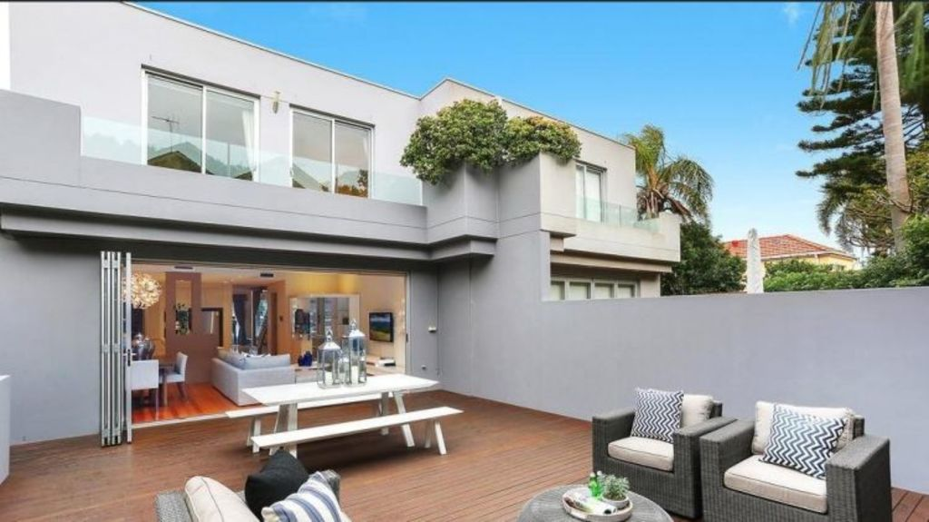 Right on the money, 278A Military Road, Dover Heights sold for $3.28 million to couple in their 20s from Shanghai.
