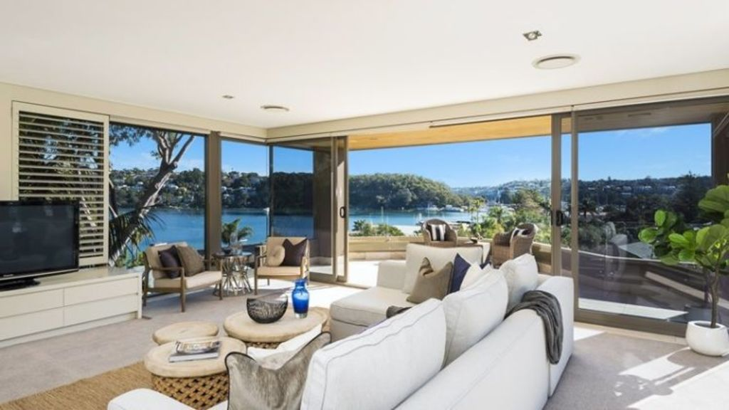 The 1138-square-metre property was only on the market for a month.