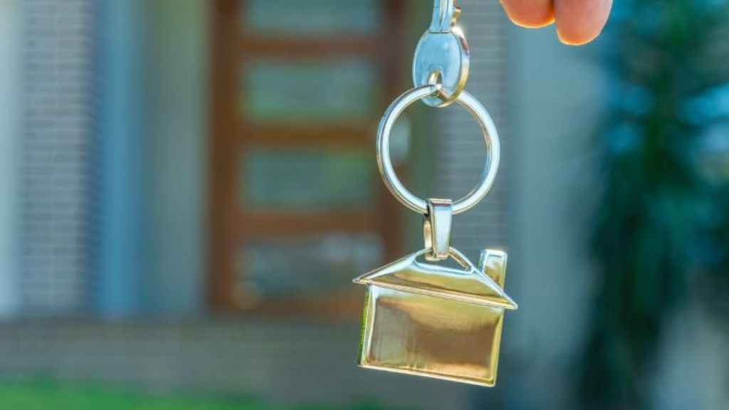 There are myriad reasons why vendors sometimes choose to sell their properties off-market, but it's not always a golden opportunity. Photo: istock