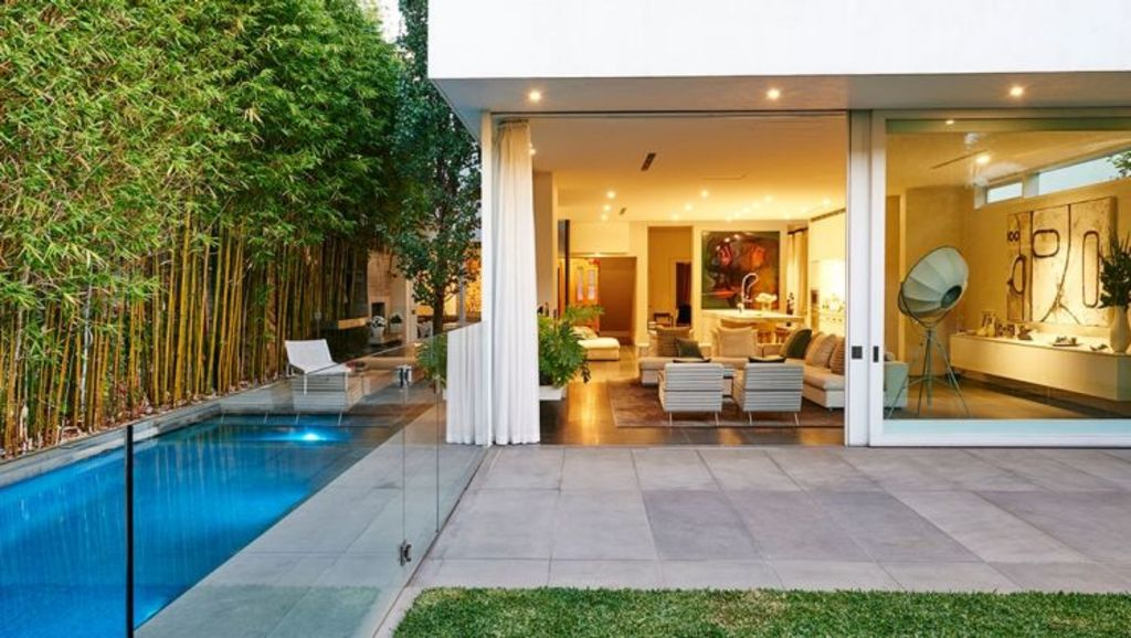 At $1400 a night, this modernised mansion in South Melbourne is beautiful and yet still well under the star's $6000 a night budget. Photo: Luxico.com.au