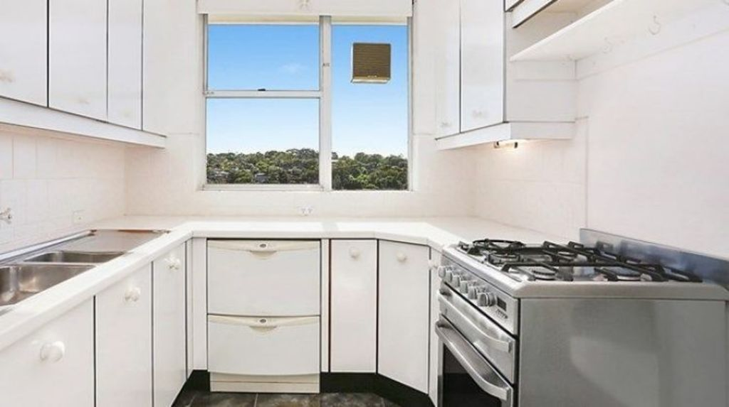 The kitchen in the apartment that drew fierce bidding when it sold at on Saturday. Photo: Province Agents