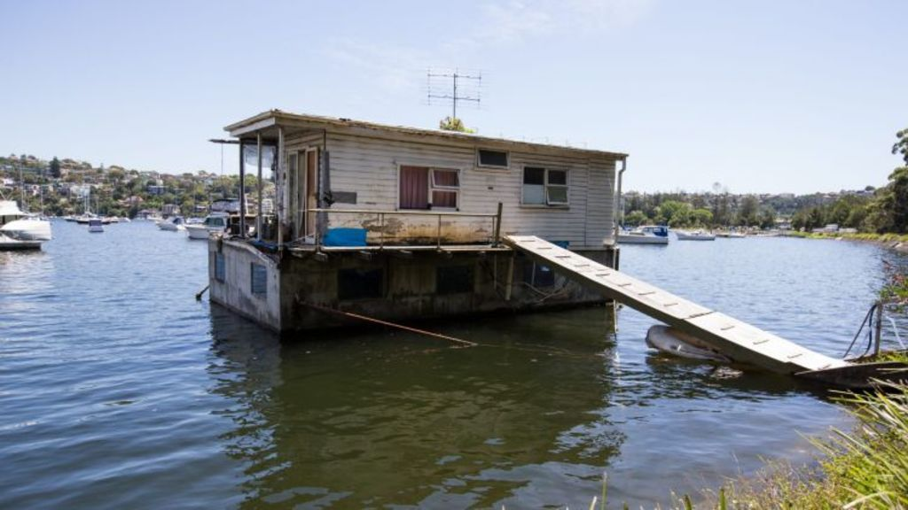 The owner Maureen Young bought the houseboat on Mosman's Pearl Bay in 1983 for about $150,000.