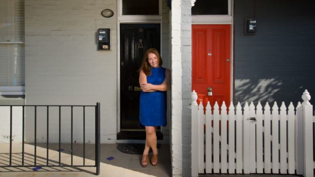 Anna Jurkiewicz in front of her workers cottage in Albert Park. Photo: Simon Schluter