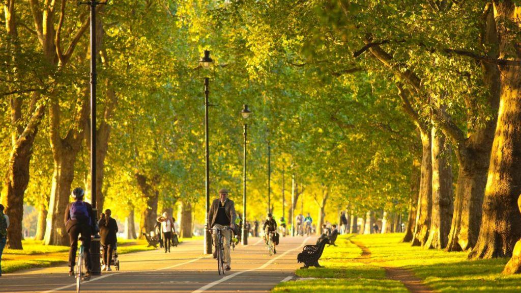 One Hyde Park residents enjoy the proximity to Hyde Park. Photo: Jon Arnold