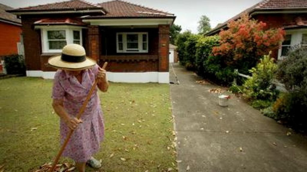Older Australians are increasingly renting in retirement and facing financial stress. Photo: Michelle Mossop