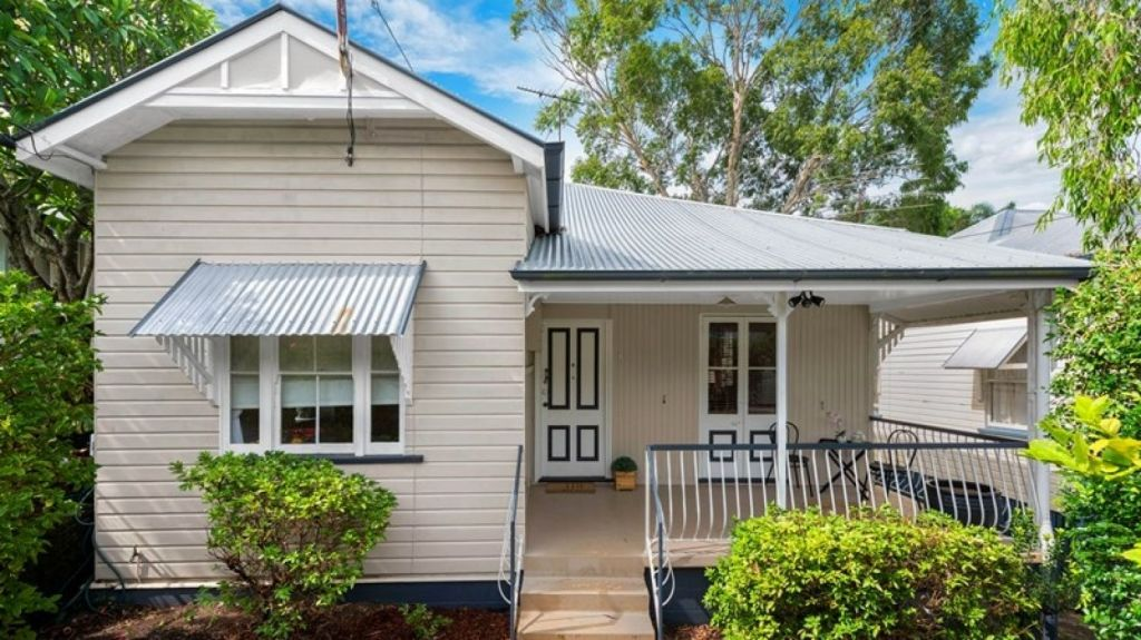 17 Olney Street, Wilston, sold for the entry level price of $710,000 after 72 people turned up to the first open home. Photo: Supplied