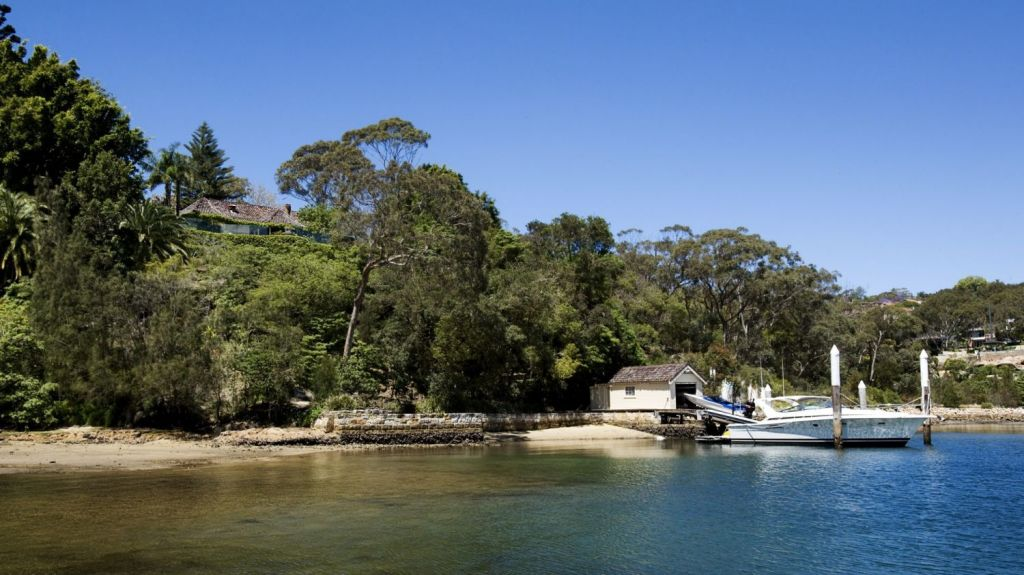 Ying Li bought his waterfront estate in Mosman from retired car dealer Laurie Sutton for $20 million in 2012.