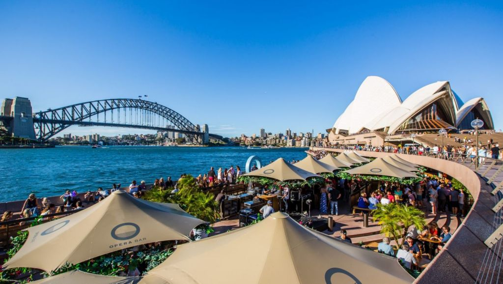 Buying property in Australia becoming increasinhly appealing for international buyers. Photo: Nikki To