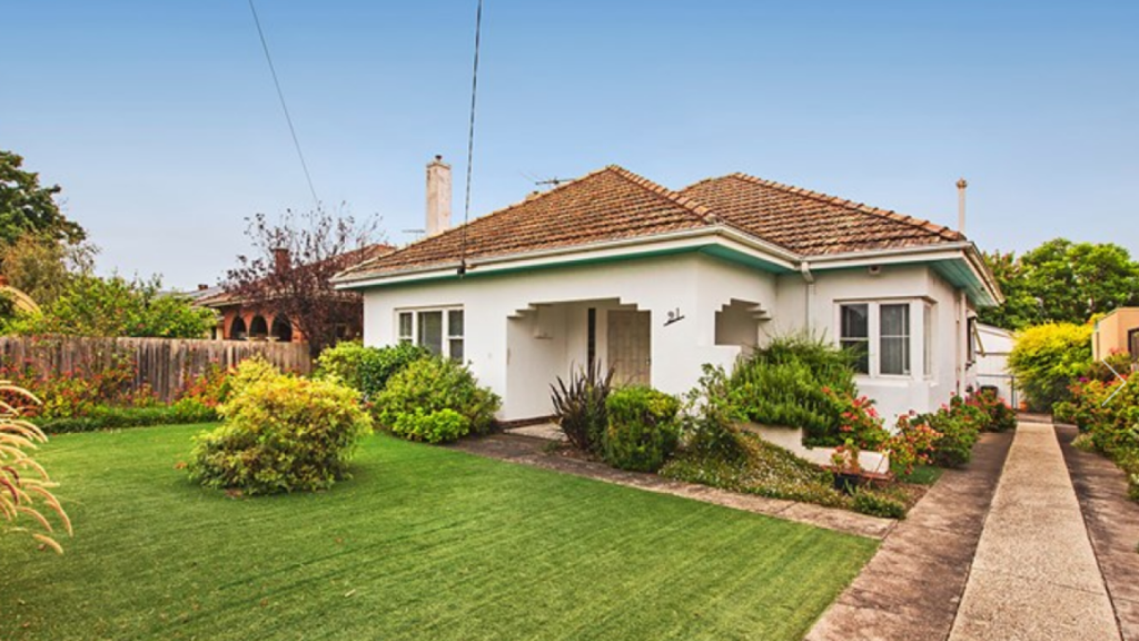 21 Grout Street, Hampton sold for $2,288,500 on Saturday.