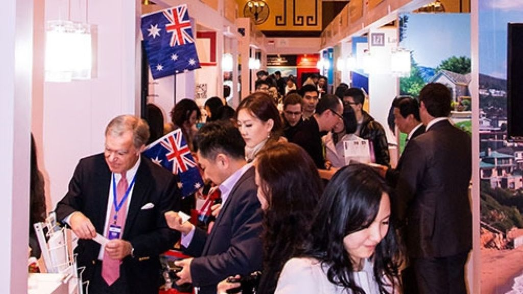 Chinese buyers at the Shanghai Luxury Property Showcase. Photo: LPS