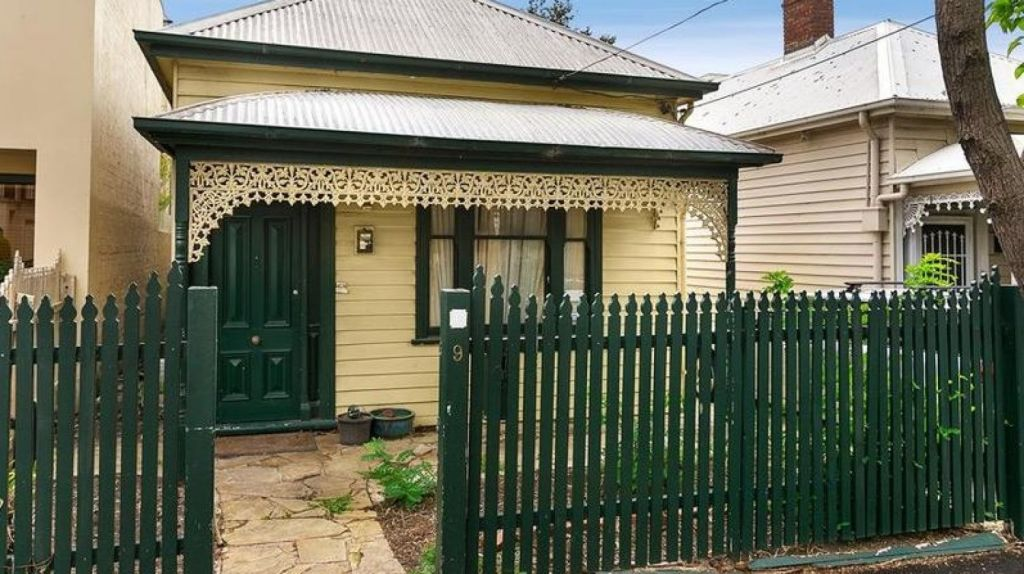 A deceased estate in South Yarra sold for $1.4 million at auction a fortnight ago. Photo: Beller Real Estate
