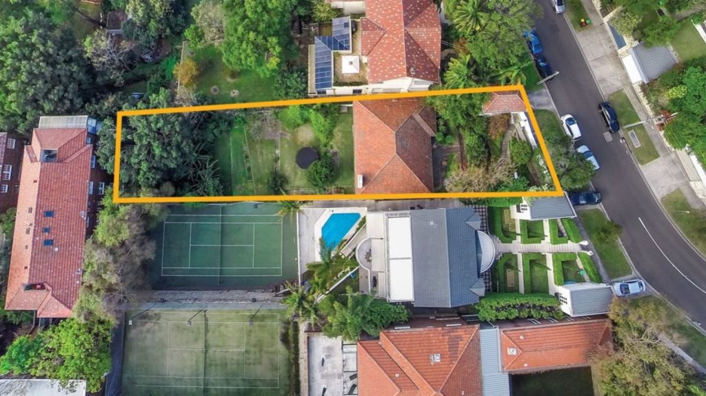 The almost 1000-square-metre property comes with a DA for a tennis court, like the neighbours.