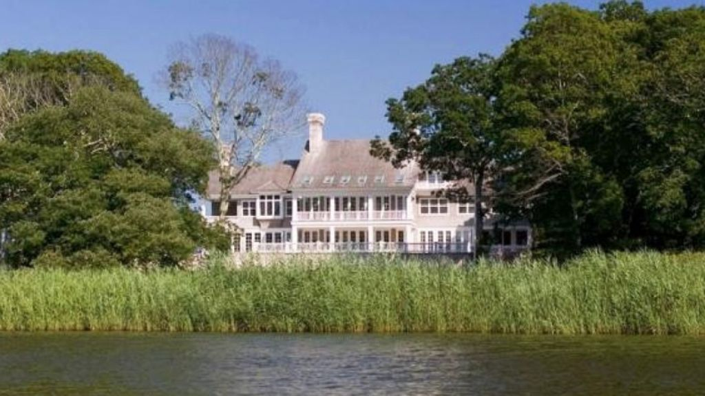 Beyonce And Jay Z Buy 32m House In The Hamptons After Splurging On La Mansion