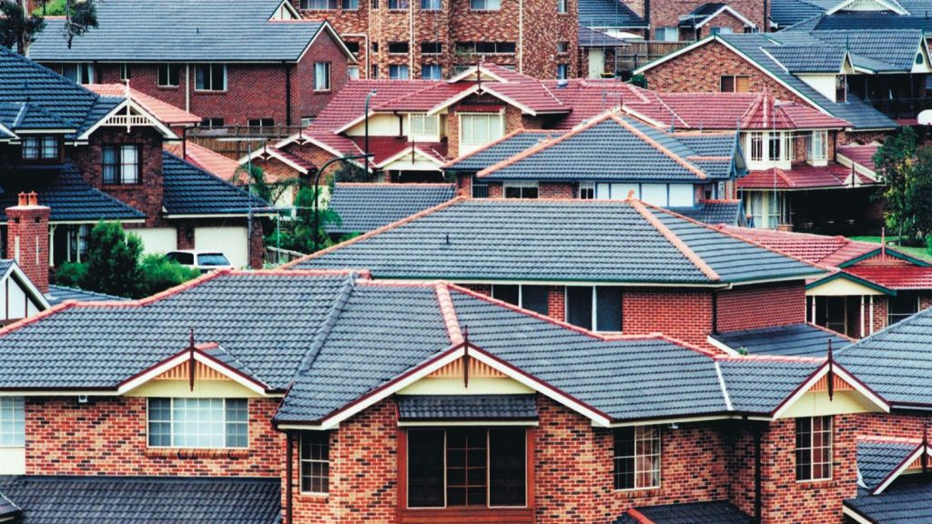 Campaigners claim making landlords retrofit the worst houses to comply with modern standards would cost $5500 over five years. Photo: Frances Mocnik