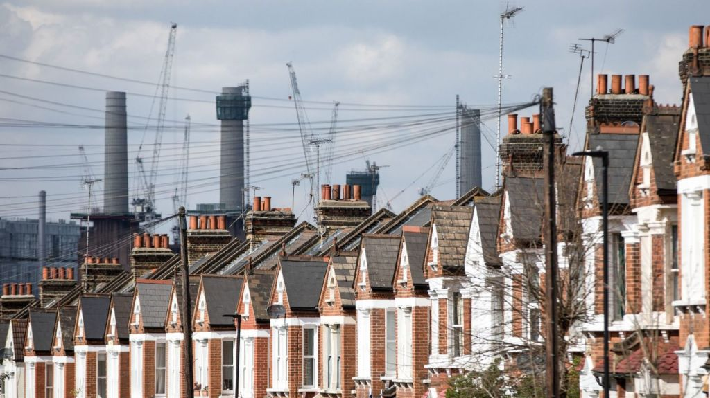 London house prices are falling at their fastest pace since the global financial crisis. Photo: Bloomberg