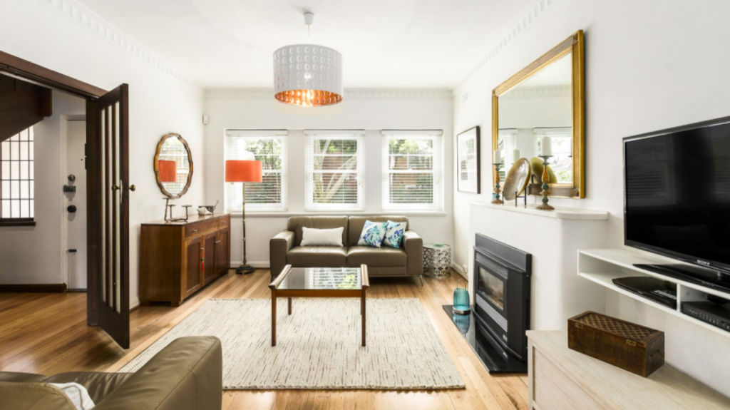 This three-bedroom art deco duplex at 5 Kenleigh Grove, Prahran passed in at $1.32 million on Saturday.