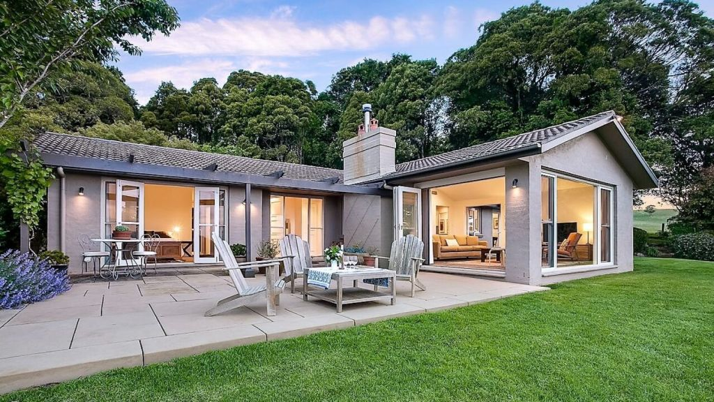Michelle Bridges fought off stiff competition to buy this Kangaloon property for $2.7 million. Photo: Supplied