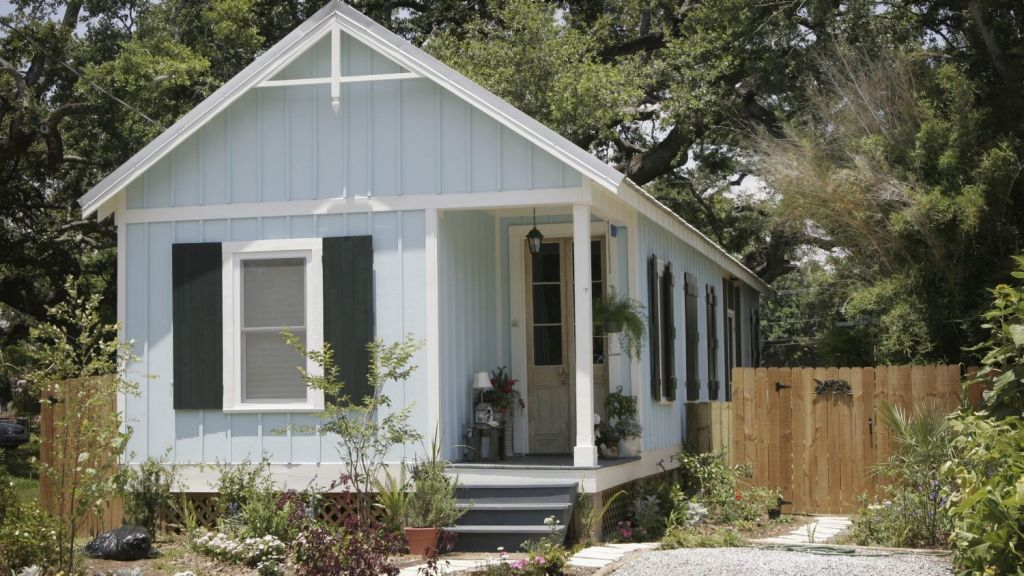The humble granny flat in most cases doesn't require planning approval but Mr Richards says to rent one out, it needs to be approved by council.