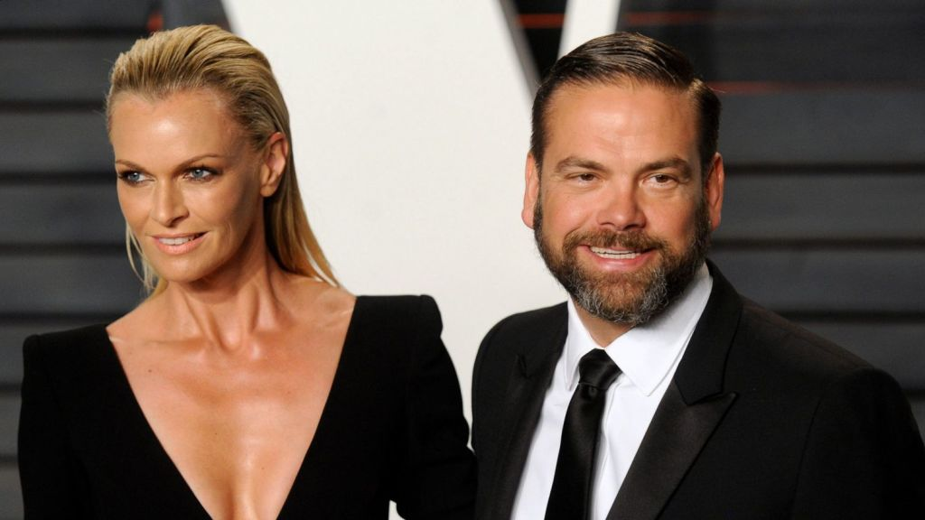 Lachlan and Sarah Murdoch paid $4.4 million to ensure the DA-approved rooftop terrace next door isn't built.