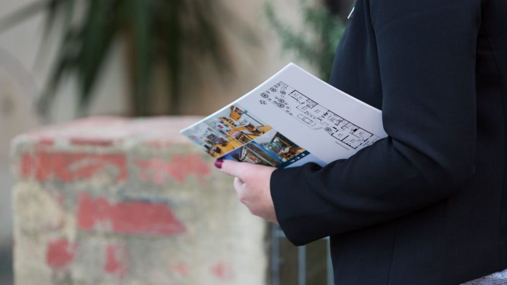 Flyers? Signboards? Listings? Agents tailor the best sales mix for your home. Photo: iStock