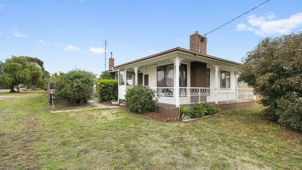 Houses in Winchelsea, such as 13 Hopkins Street, are selling for under $400,000. Photo: McCartney Real Estate