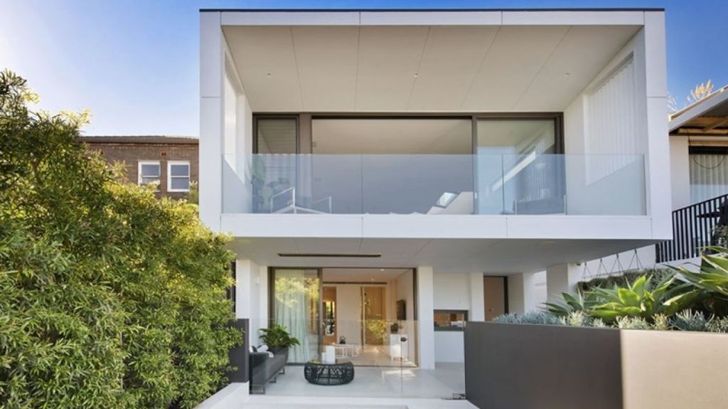 The property at 81 Belgrave Street, Bronte scored $4,825,000 at auction.