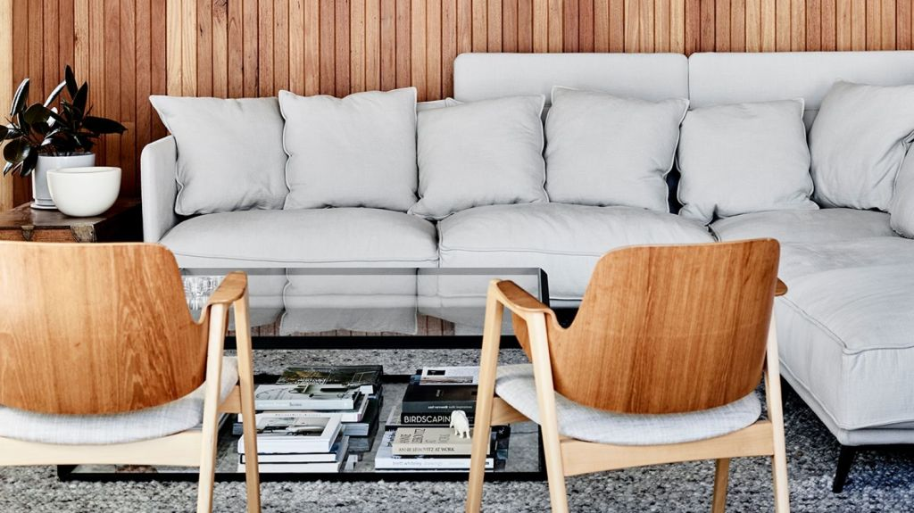The curiosity and keen interest from Australians around home design translates to our furniture-and-decor styling. Photo: Mark Roper. Architecture: Ben Pitman. Styling: Simone Haag