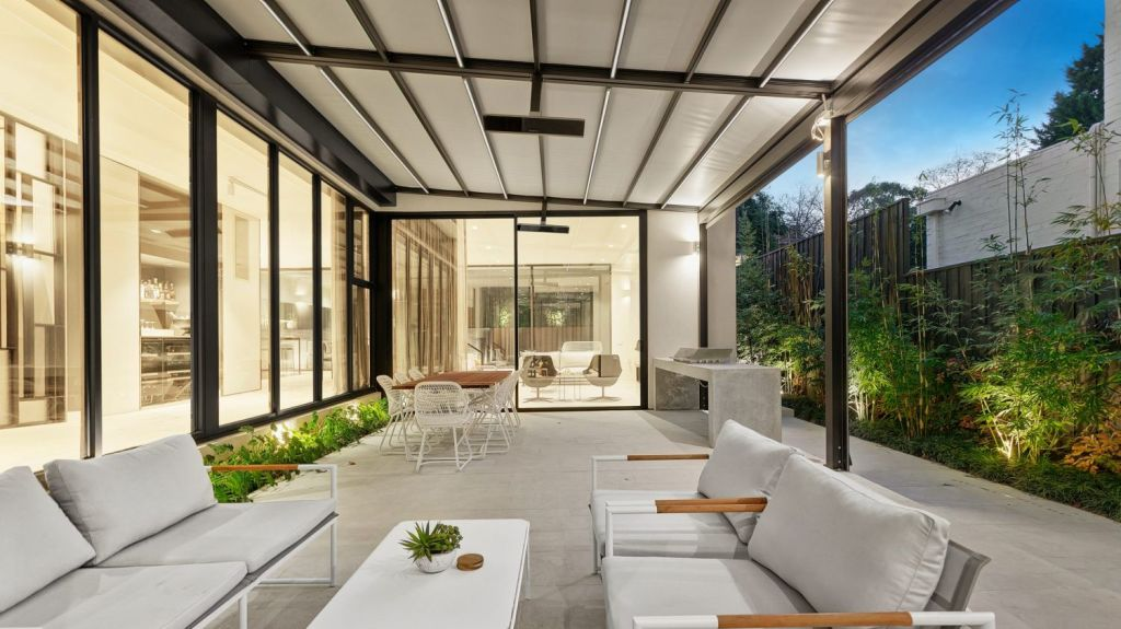 The layout has all living areas – inside and out. Photo: Jellis Craig