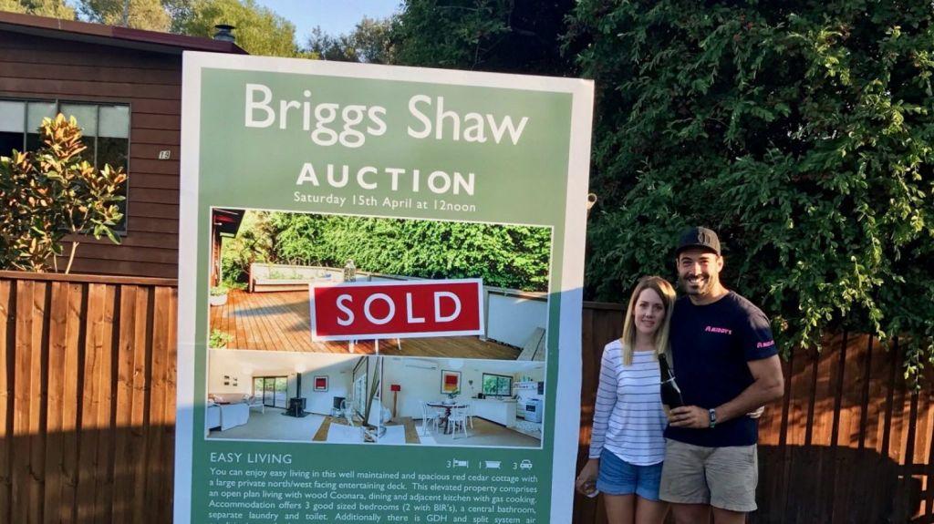 First home buyer momentum has begun to wane, official data shows.
