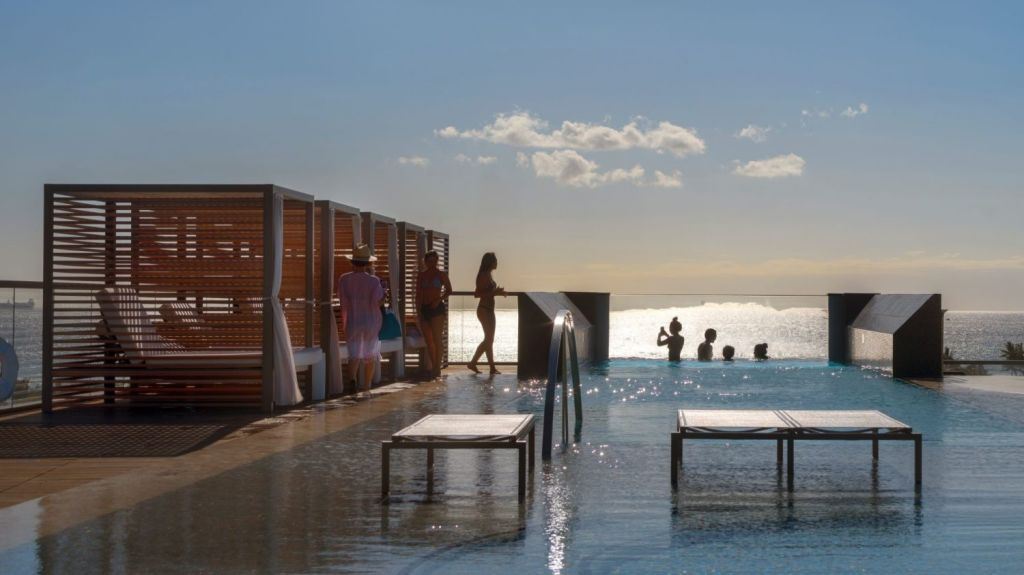 Anaha's overhanging pool is reflective of a growing international trend. Photo: Nic Lehoux