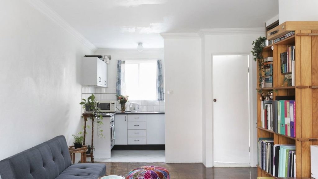 And this Alice St, Newtown studio has a buyers guide of $390,000.