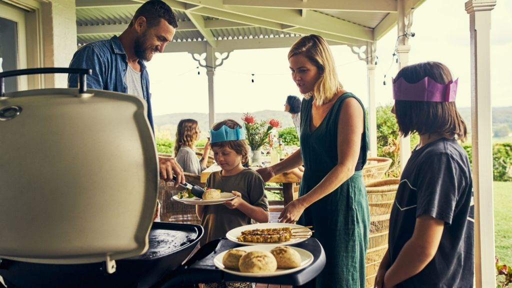 Australians tend to have less of a fascination with etiquette than many people overseas. Photo: iStock