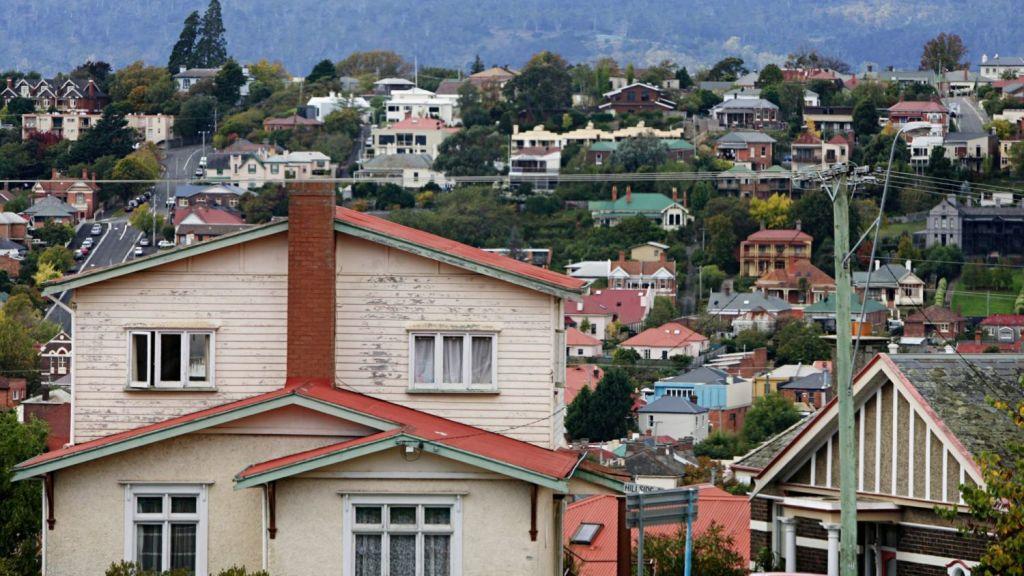 Some pockets of Sydney have experienced heavy price falls. Photo: Jessica Shapiro
