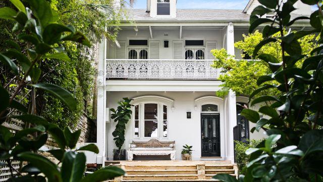 Performance anxiety grips Sydney's prestige property market