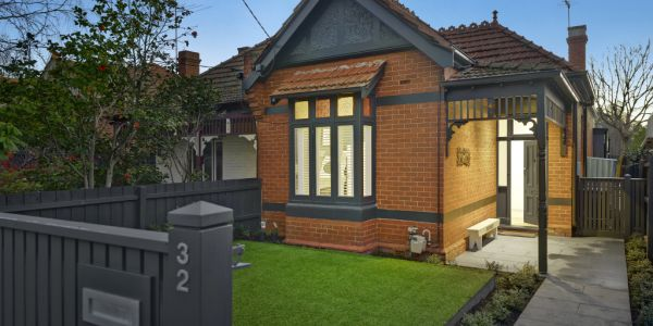 Not Always The Solution How To Modernise A Brick Home