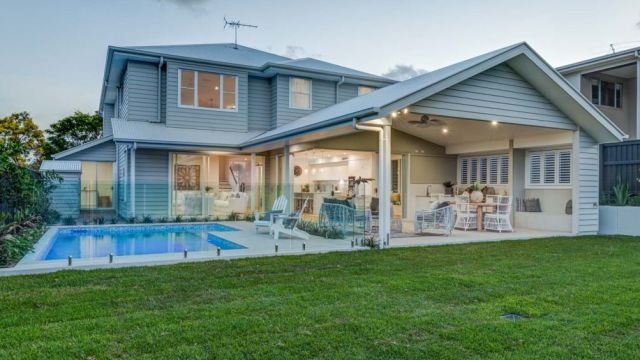 Brisbane auctions: Buyers hanging out for the houses with nothing to do