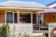 Home for sale on little-known island, buyer must love koalas