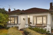 Yarraville house passes in at auction 'exactly as planned'