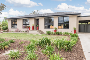Kambah home sells minutes after passing in under the hammer
