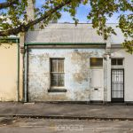 'Renovator's delight': Unliveable inner-city pad beats auction reserve by $160k