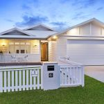 Beachside suburbs heat up in winter as buyers snap up prime properties