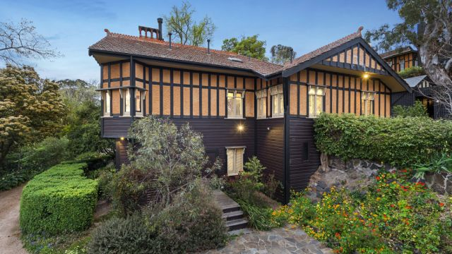 'We had to have it': A 30-year reno for one of Melbourne's important houses