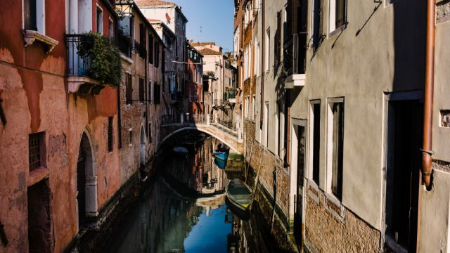 Overflowing with tourists, what's it like to try to call Venice home?