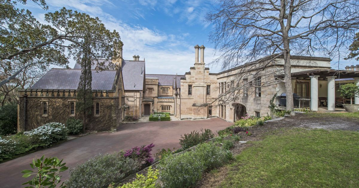 Teenager becomes new owner of $17.5 million Darling Point mansion